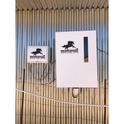 Kit solar para comederos automáticos para caballos Goodfeeders.